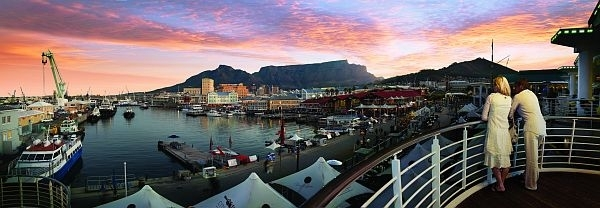 Table Mountain from Victoria and Alfred Waterfront