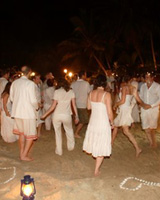 Zanzibar wedding - dancing