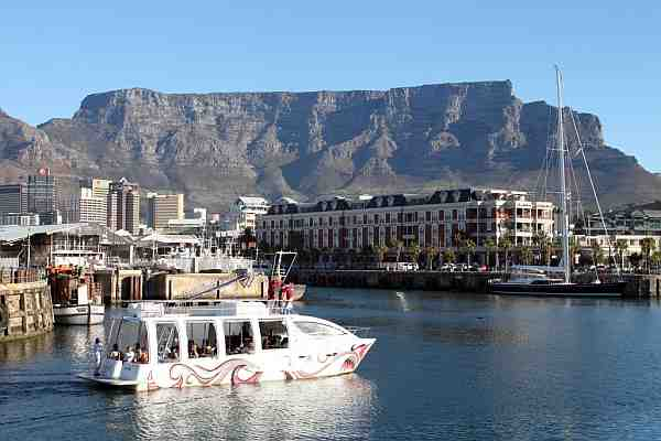 Table Mountain from the V & A Waterfront