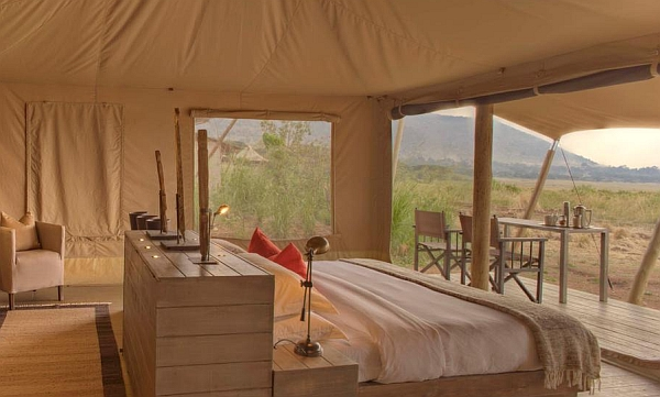 andBeyond Kichwa Tembo Superior View Tent accommodation