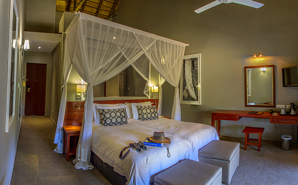 Chobe Bush Lodge accommodation