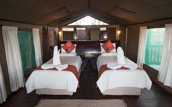 Moremi Crossing twin tented accommodation
