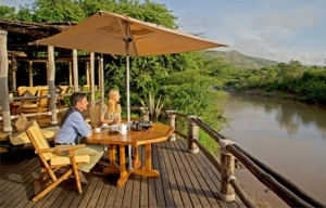 Sanctuary Olonana - overlooking Mara River