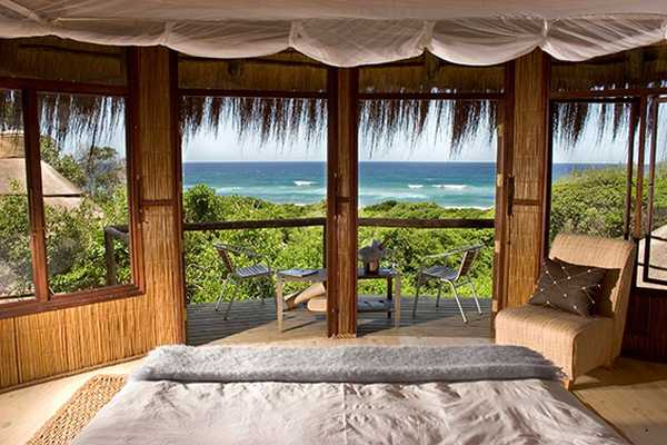 Thonga Beach Lodge - Bedroom with a view